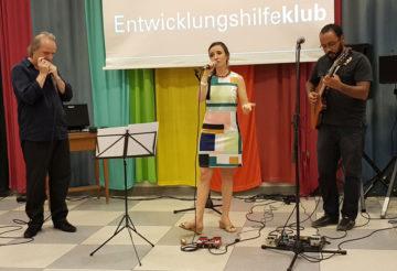 Paula Barembuems, Daniel Mesquita und Bertl Mayer (Musik)